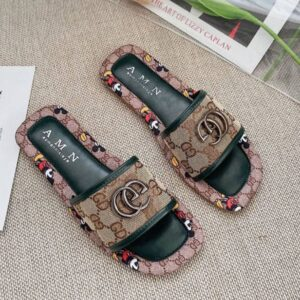 Women fashion metal letters decoration slippers